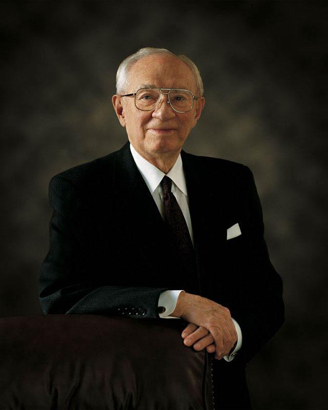 Aos 97 anos, morre o Presidente Gordon B. Hinckley