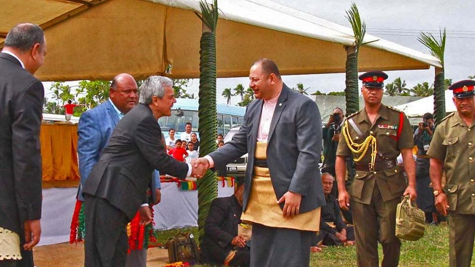 Santos dos Últimos Dias Honram o Rei e Rainha de Tonga Durante as Celebrações da Coroação