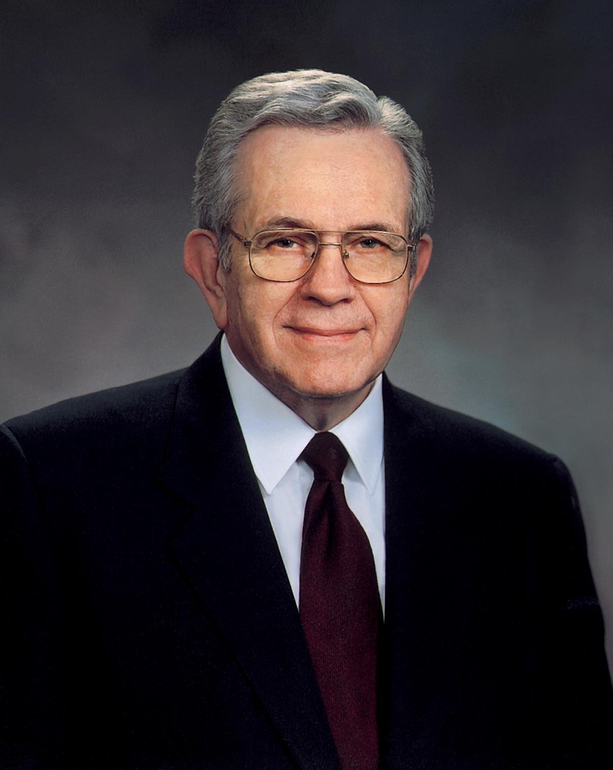 Presidente Boyd K. Packer falece aos 90 anos