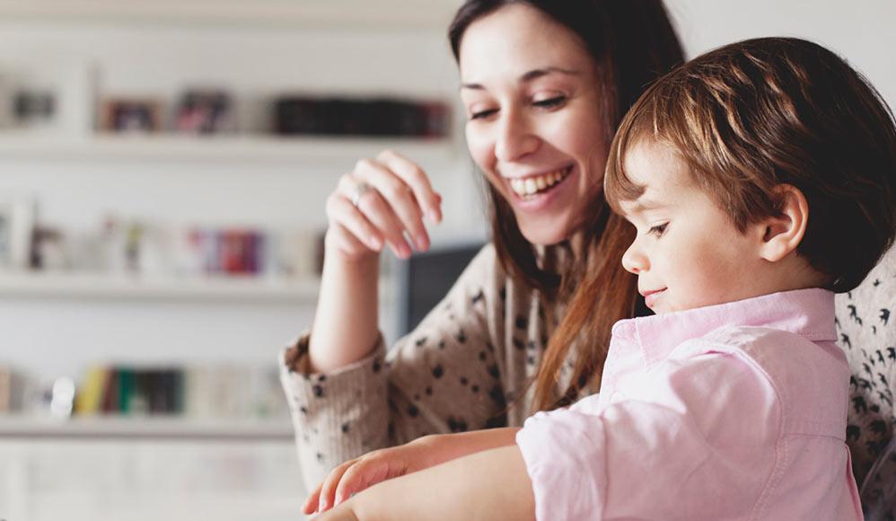 Pesquisa da BYU: Comparação que pais fazem entre seus filhos impacta o sucesso dos filhos.