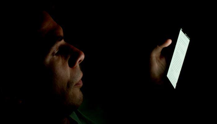 Alerta Apostólico: Tinder é Uma Ameaça Física e Espiritual