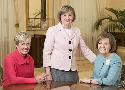 Mulheres Se Unem aos Principais Conselhos da Igreja SUD