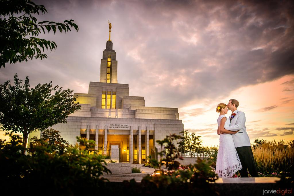 8 Razões pelas quais a maioria dos mórmons se casam jovens