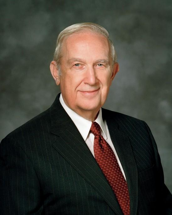Elder Richard G. Scott falece aos 86 anos