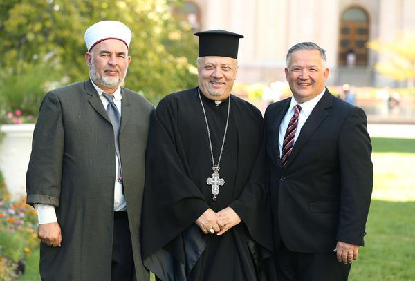 Principais Líderes Muçulmano e Cristão Jordanianos elogiam Utah, BYU, a Igreja SUD ao Espalhar Mensagem de Paz Inter-Religiosa