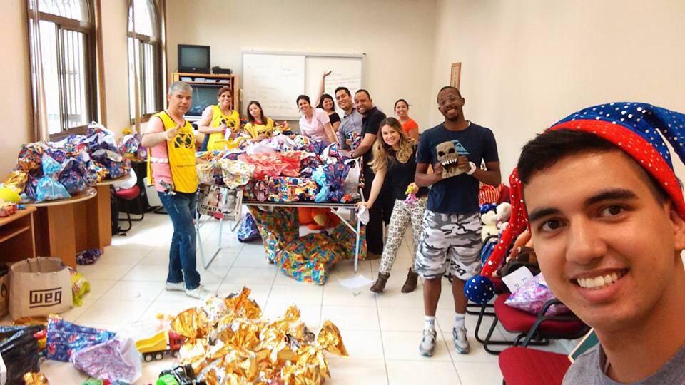 Serviço organizado pelo CREJAS-SP abençoa criancinhas