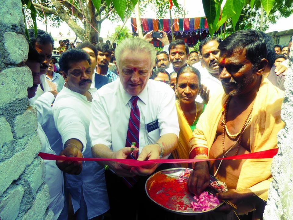 Ajuda Humanitária da Igreja Provê Água Potável para 60 Mil Pessoas na Índia