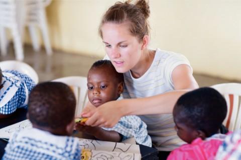 Por Que a Caridade Nunca Falha? 7 Maneiras de Fazer a Diferença