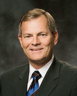 Conheça o novo Apóstolo: Elder Gary E. Stevenson