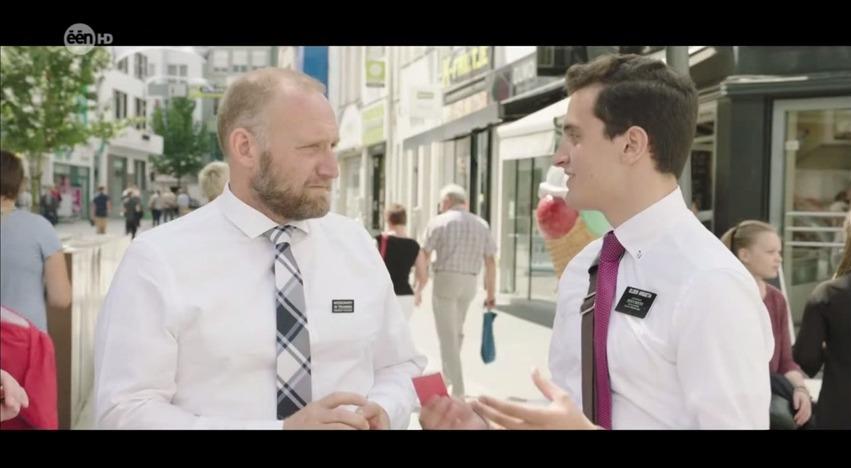 """Apresentador de TV Fala Com Missionários em Programa em Que Ele Só Fala """"SIM"""""""