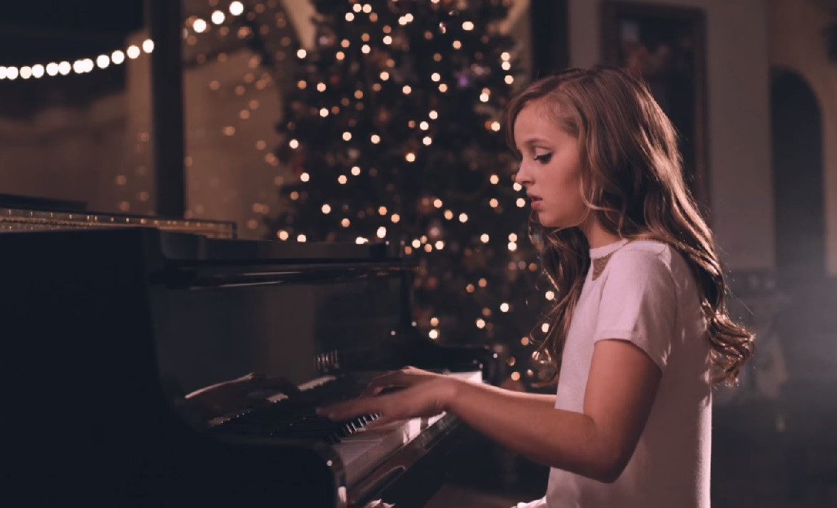 Artista SUD de 12 Anos Cria Versão Angelical de Famosa Canção de Natal