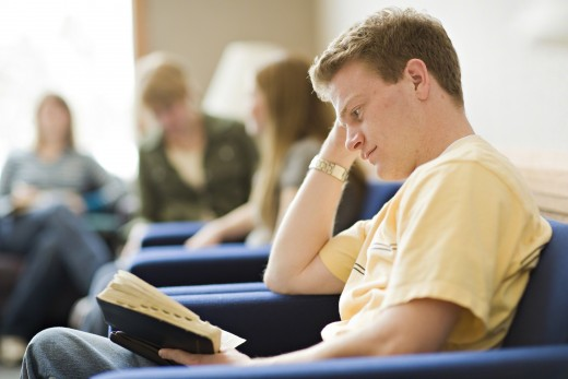 O fato de ser mórmon solteiro não te impede de…
