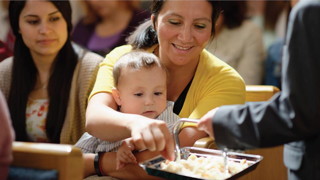 Dicas Para Mães com Crianças Pequenas na Sacramental