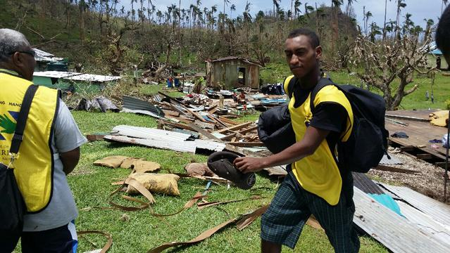Igreja Mórmon Auxilia Vítimas do Ciclone Winston em Fiji