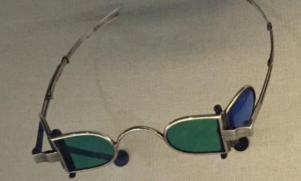 Óculos de Sol de Hyrum Smith e Outros Artefatos