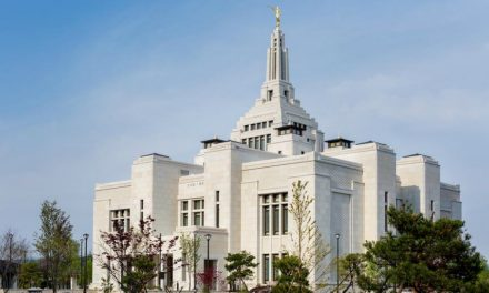 Templo de Sapporo Japão Prestes a Ser Dedicado