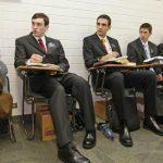 Missionários no CTM aprendendo língua - russo