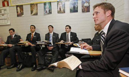 """Missionários Mórmons na Rússia serão chamados de """"Voluntários"""""""