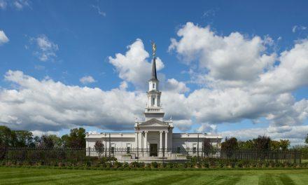 Imagens do novo Templo de Hartford, Connecticut