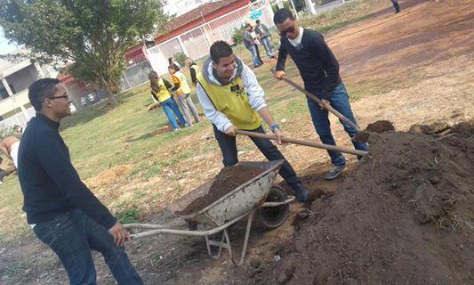 Centenas de Missionários servem a comunidade no Mãos que Ajudam deste ano
