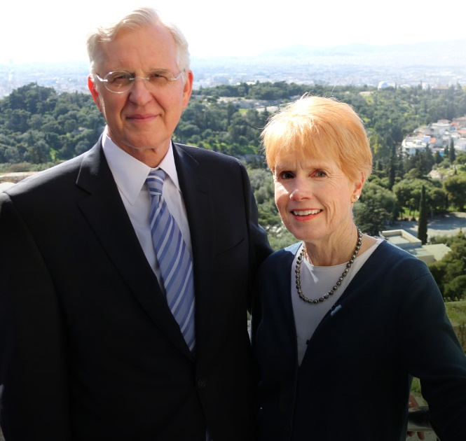 Elder Christofferson, Apóstolo, falará ao vivo para America do Sul