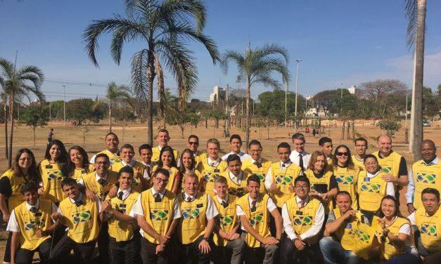Mãos que Ajudam e missionários se uniram no dia 7 de setembro