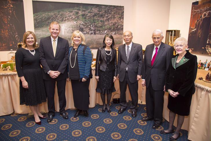 Élder Stevenson e embaixador do Japão