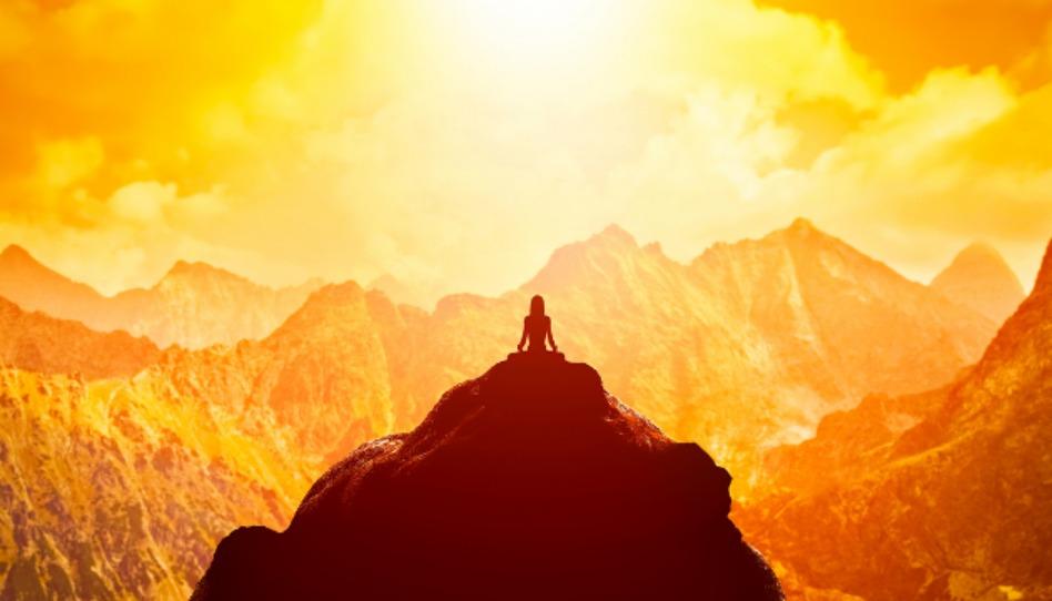 Resultado de imagem para meditando