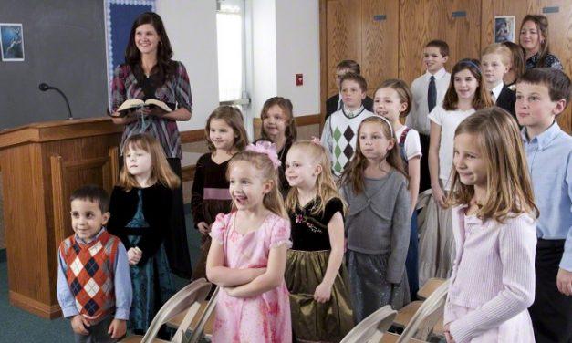 Seis bênçãos das crianças permanecerem na Primária
