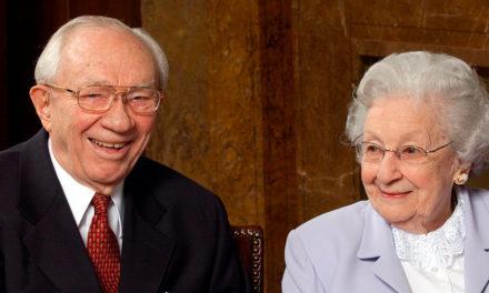 A resposta de Marjorie quando Pres. Hinckley a pediu em casamento tendo apenas 150 dólares