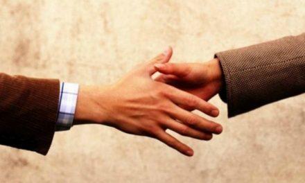Como você pode fazer as pazes com alguém?