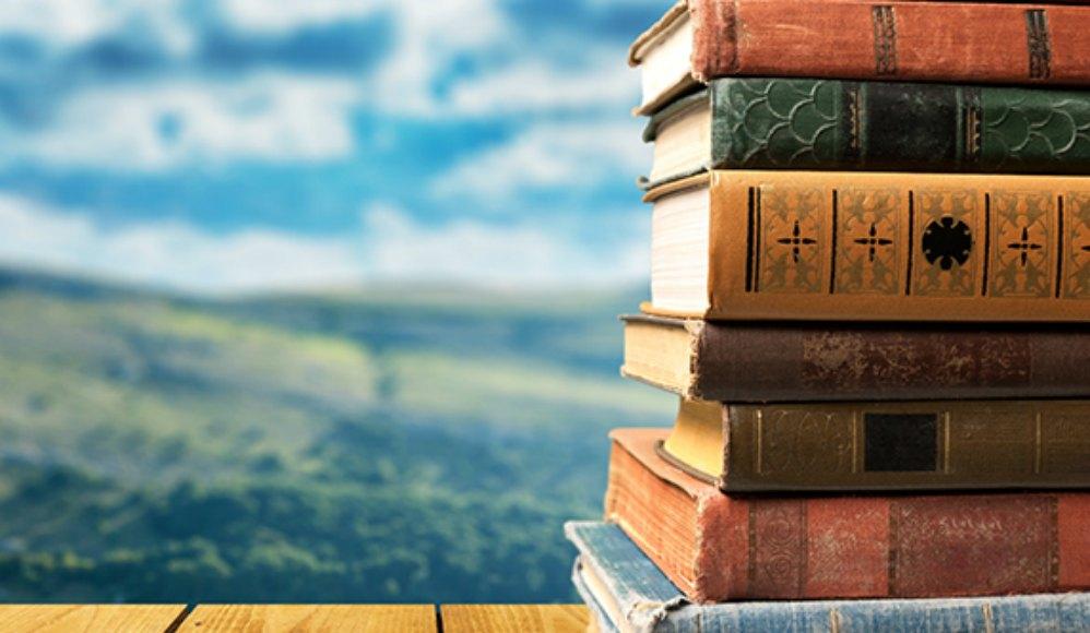 LDS Charities doa livros para a Biblioteca da Escola de Vasieni