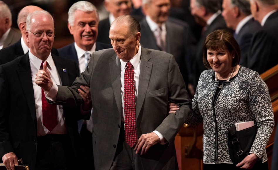 Presidente da Igreja SUD, Thomas S. Monson ganha alta depois de breve estadia no hospital