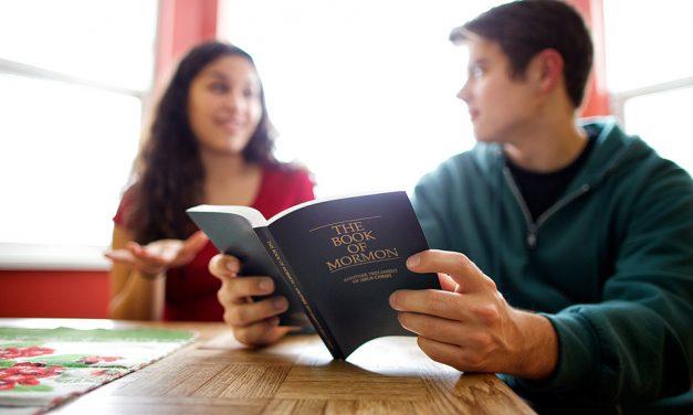 Por que o Livro de Mórmon é considerado uma escritura sagrada?