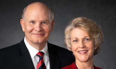 Como A Oração de Sua Esposa Mudou a Vida do Élder Renlund Para Sempre