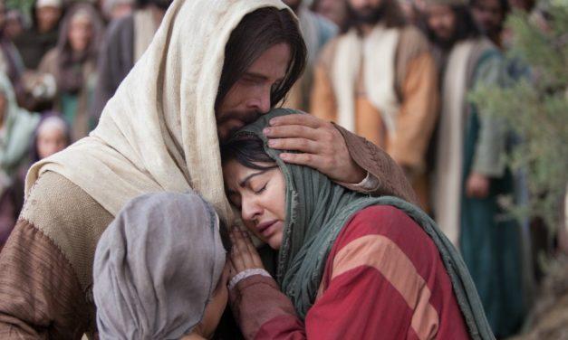 Elder Uchtdorf: Deus sempre estará conosco durante os nossos momentos mais difíceis