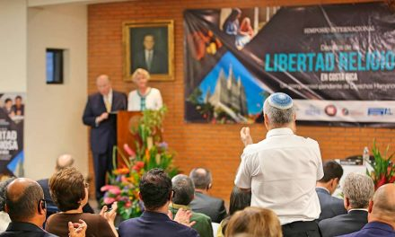 Apóstolo Mórmon Discursa em Simpósio Internacional de Liberdade Religiosa