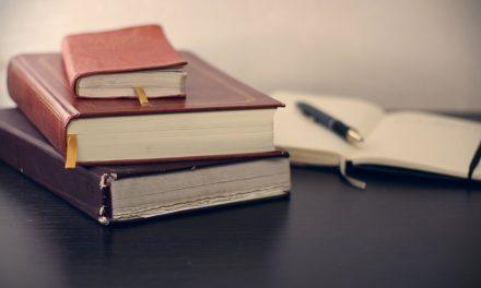 5 Razões Pelas Quais Você Deve Manter um Diário Pessoal