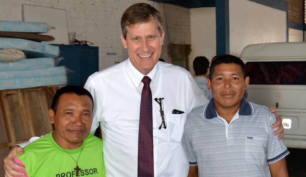 Presidente Aidukaitis Visita Refugiados em Roraima