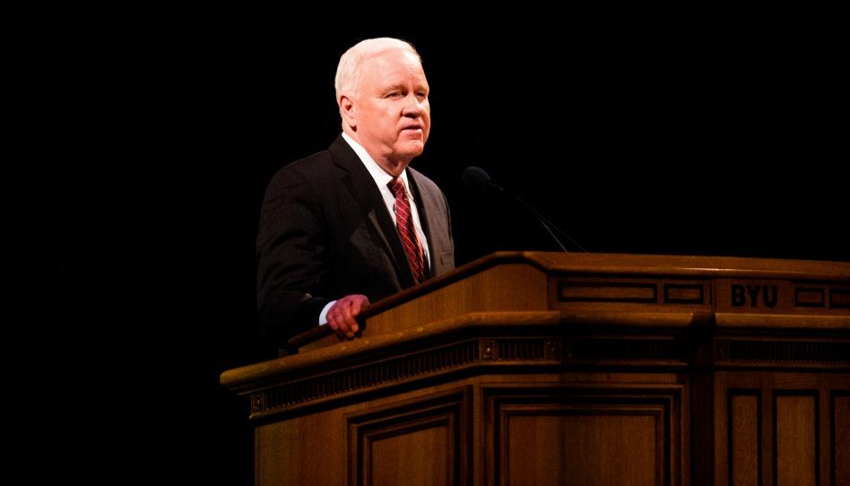 Como Fugir do Ciclo do Orgulho? Líder da Igreja Diz para Sermos Gratos