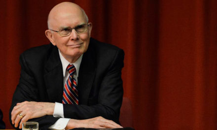 """Presidente Oaks ensinou o perigo do egoísmo: """"eu no centro de tudo"""""""