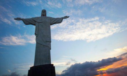 20 Estátuas Incríveis de Jesus Cristo ao Redor do Mundo