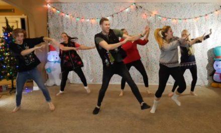 Família Mórmon Faz Sucesso com Vídeo de Dança de Natal