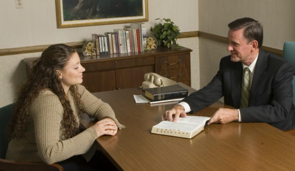 entrevistas de bispado