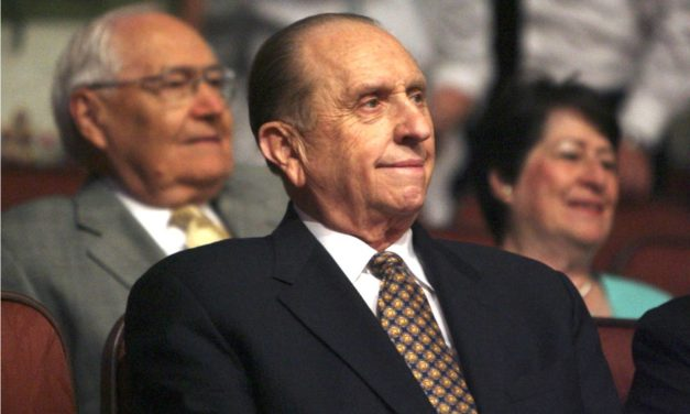 "Resposta do ""New York Times"" à petição sobre a nota de falecimento do Presidente Thomas S. Monson"