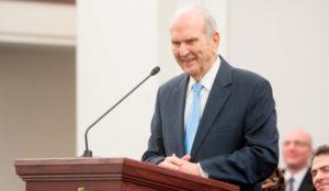 presidente nelson assina chamados missionários discurso