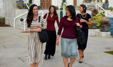 Igreja oferece novo modelo de garment para mulheres