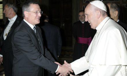 O que um católico aprendeu sobre servir missão com os mórmons