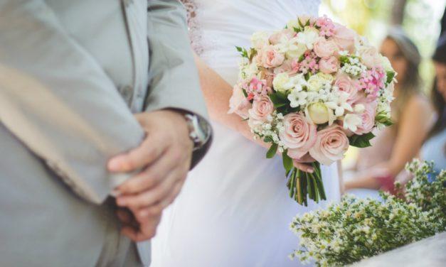Como incluir sua família não-membro em seu casamento e selamento
