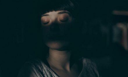 O processo de cura do vício da minha mãe e seus efeitos sobre mim
